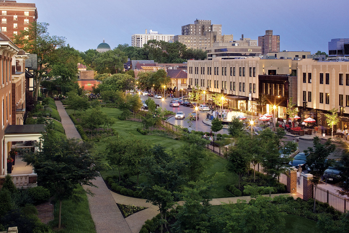 Over a century old, the Central West End, which abuts Washington University Medical Campus, is full of charming restaurants, galleries, antique shops and boutiques.
